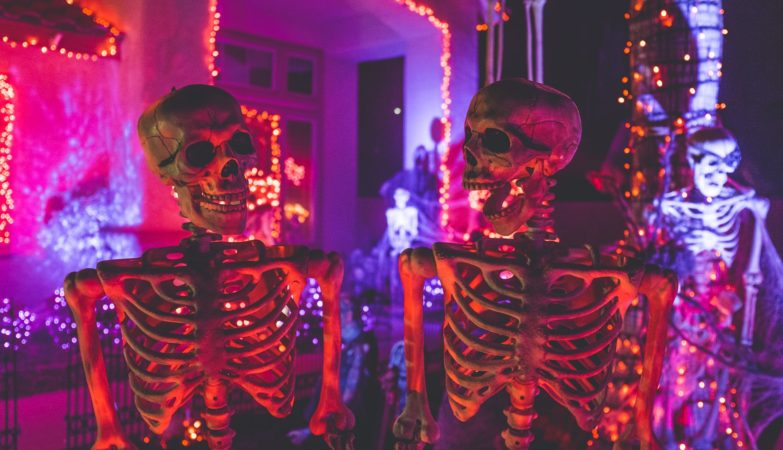 socially-distant-halloween