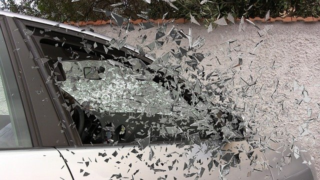 7 Things That People Often Do After A Car Accident